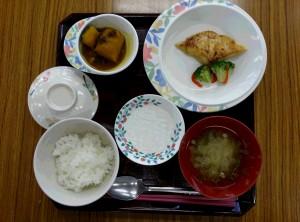 カレイ普通食1
